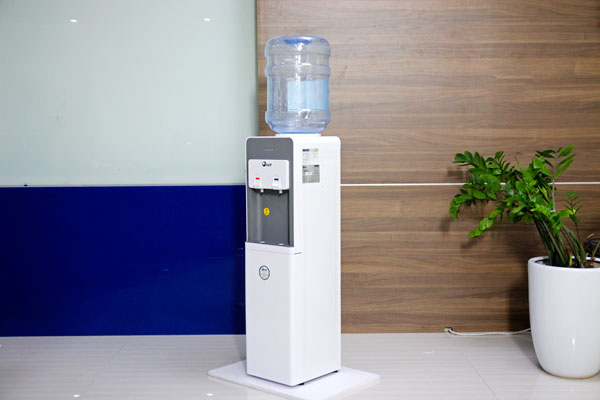 Cây nước nóng lạnh cao cấp FujiE WD1900E
