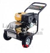 Máy rửa cao áp hơi nước nóng lạnh Lutian LT 1015 2900PSI 7.3KW tự ngắt chạy dàu diesel