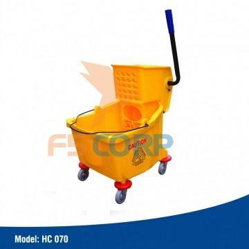 Xe ép nước lau sàn nhà xưởng công nghiệp 1 xô HiClean HC 070