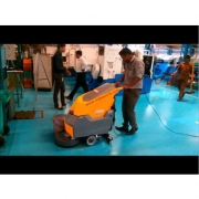 Máy chà sàn liên hợp Ghibli FR45M45BC
