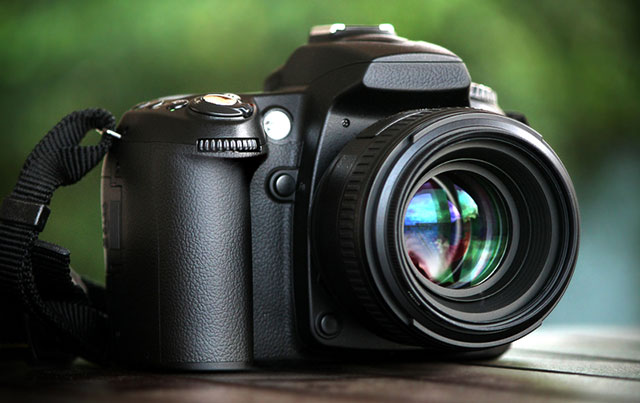 Máy ảnh SLR