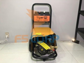 Máy phun xịt rửa xe cao áp tự ngắt 2.2KW Tiger UV-1145