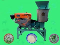 Máy chế biến thức ăn gia súc động cơ Diesel/8HP